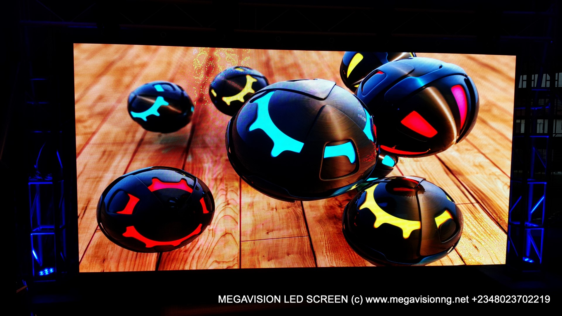 MEGAVISION LED SCREEN (35)